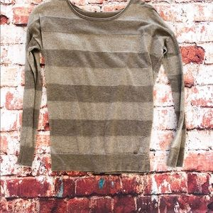 Guess sweater / long sleeved tee tan/sparkles